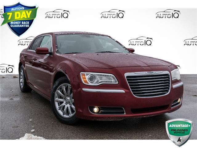 2013 Chrysler 300 Touring (Stk: 34500AUXR) in Barrie - Image 1 of 27
