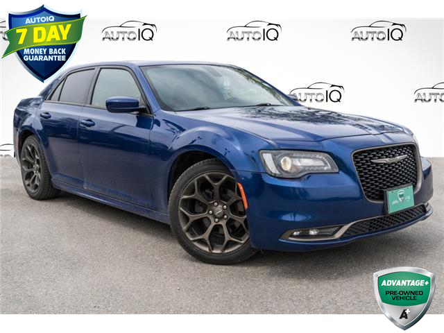 2018 Chrysler 300 S (Stk: 27915AU) in Barrie - Image 1 of 25