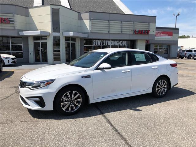 2020 Kia Optima EX (Stk: KOP2083) in Chatham - Image 1 of 15