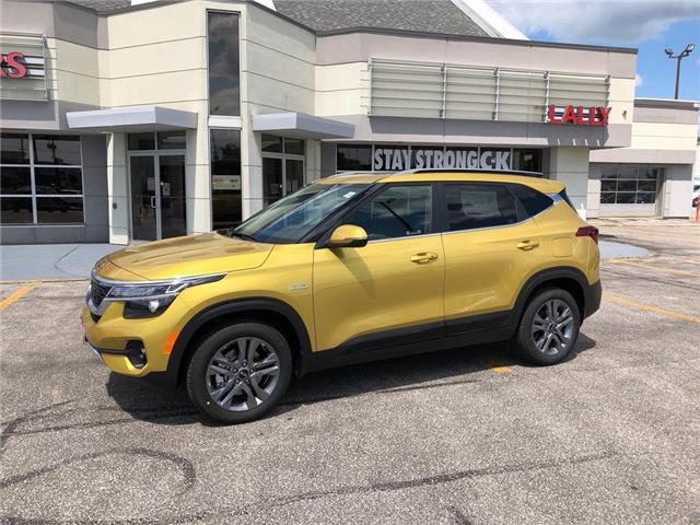 2021 Kia Seltos EX (Stk: KSEL2185) in Chatham - Image 1 of 15