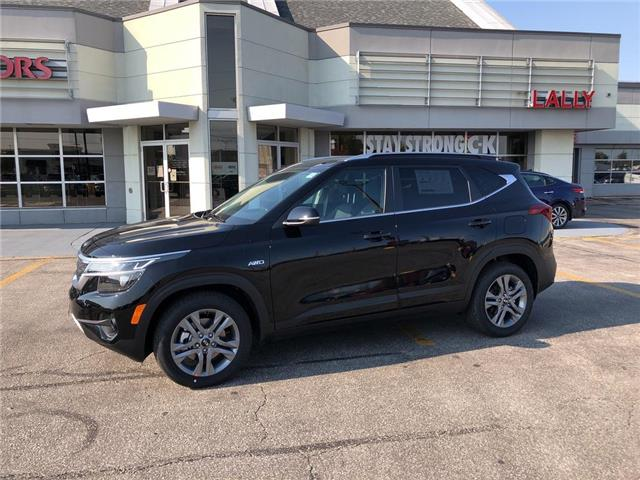 2021 Kia Seltos EX (Stk: KSEL2264) in Chatham - Image 1 of 15