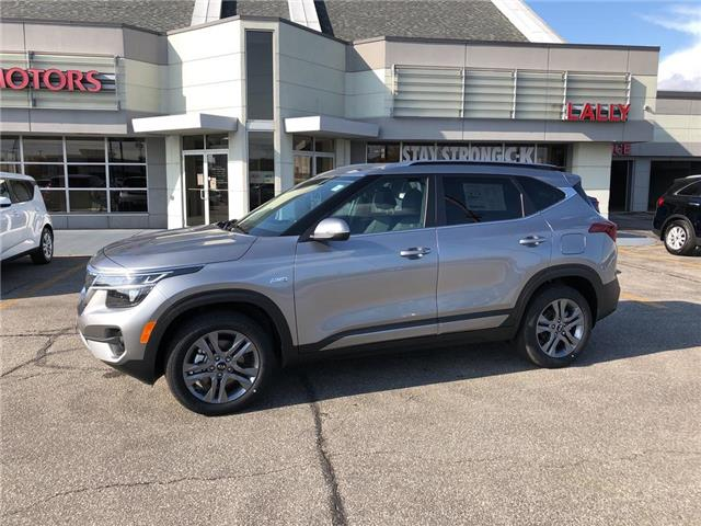2021 Kia Seltos EX (Stk: KSEL2261) in Chatham - Image 1 of 15