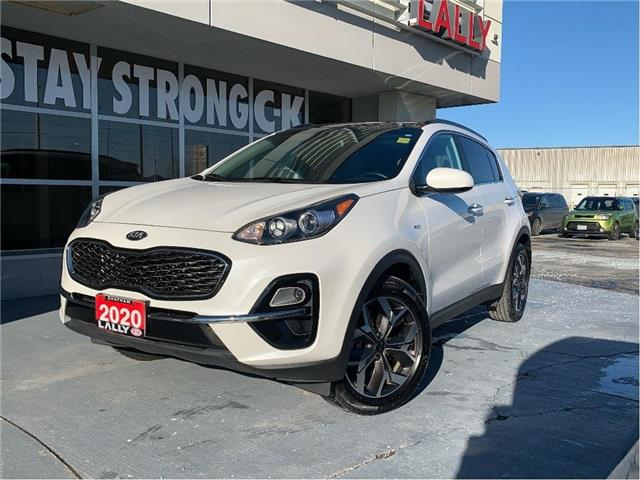 2020 Kia Sportage EX (Stk: K4045) in Chatham - Image 1 of 22