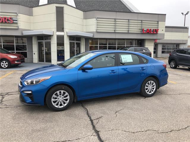 2021 Kia Forte LX (Stk: KFO2372) in Chatham - Image 1 of 15