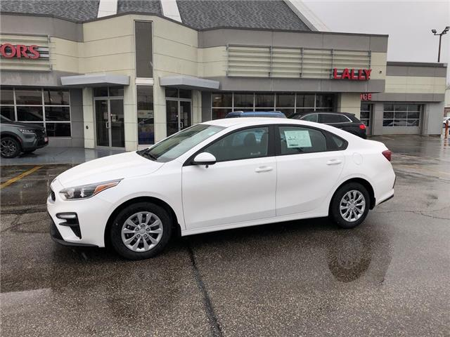 2021 Kia Forte LX (Stk: KFO2380) in Chatham - Image 1 of 15