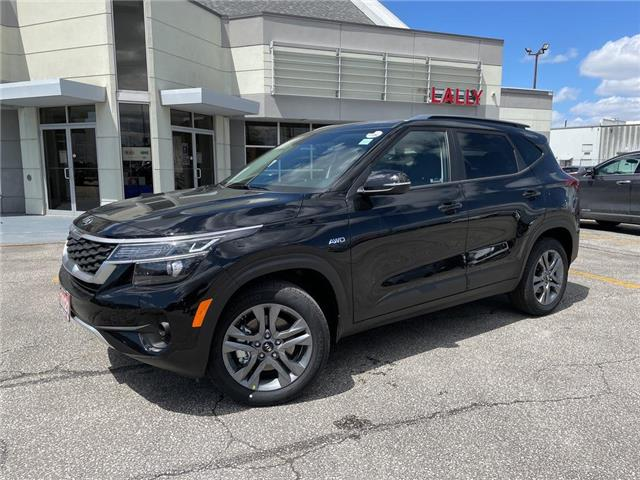 2021 Kia Seltos LX (Stk: KSEL2469) in Chatham - Image 1 of 16