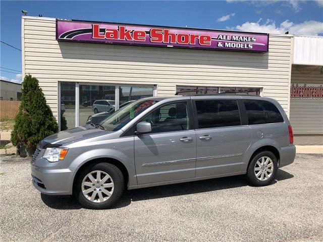 2015 Chrysler Town & Country Touring (Stk: K9256) in Tilbury - Image 1 of 20
