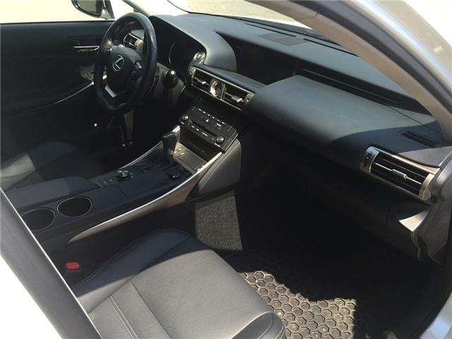2016 Lexus IS 300 Base (Stk: IS300) in Brampton - Image 6 of 6