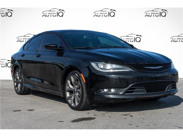 2015 Chrysler 200 S (Stk: 44079AUX) in Innisfil - Image 1 of 28