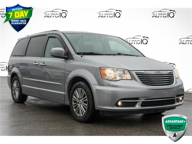 2014 Chrysler Town & Country Touring-L (Stk: 43845BUX) in Innisfil - Image 1 of 13