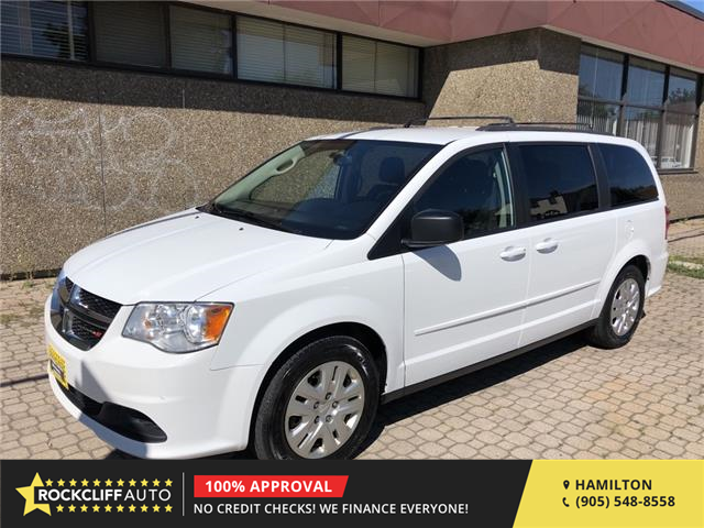 2017 Dodge Grand Caravan CVP/SXT (Stk: D733443) in Hamilton - Image 1 of 19