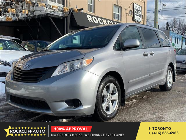 2011 Toyota Sienna  (Stk: 020927) in Scarborough - Image 1 of 13