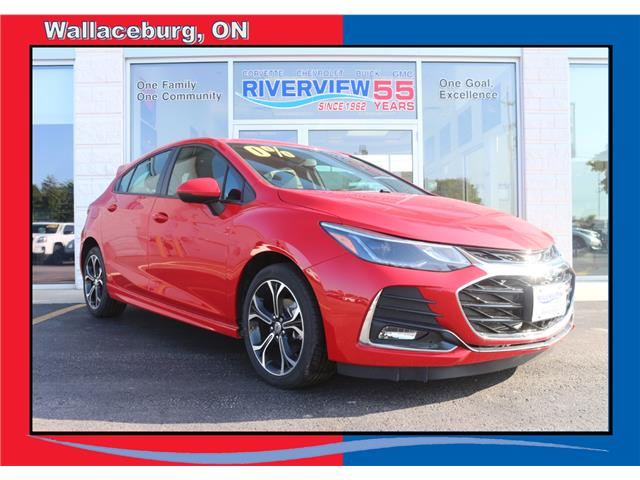 2019 Chevrolet Cruze LT (Stk: 19256) in WALLACEBURG - Image 1 of 8