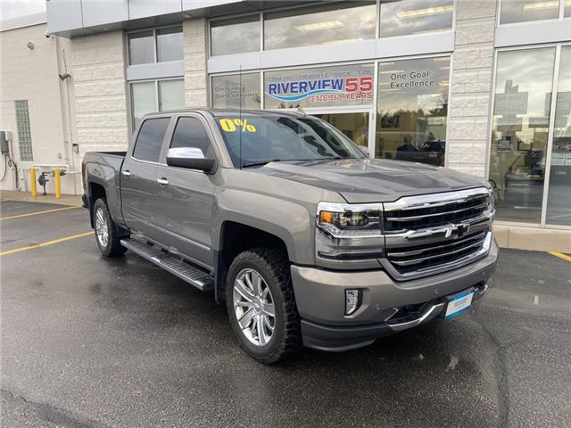 2017 Chevrolet Silverado 1500 High Country (Stk: 20190A) in WALLACEBURG - Image 1 of 15