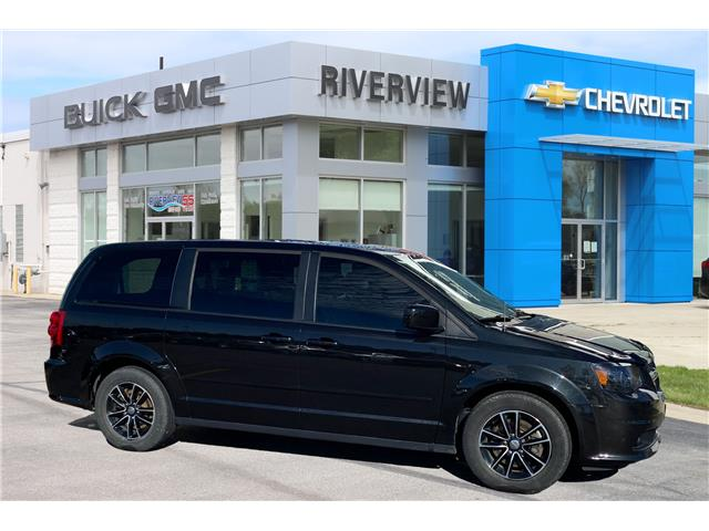 2016 Dodge Grand Caravan R/T (Stk: 20334A) in WALLACEBURG - Image 1 of 20