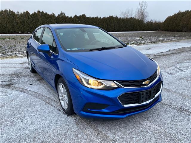 2017 Chevrolet Cruze Hatch LT Auto (Stk: U1900) in WALLACEBURG - Image 1 of 14