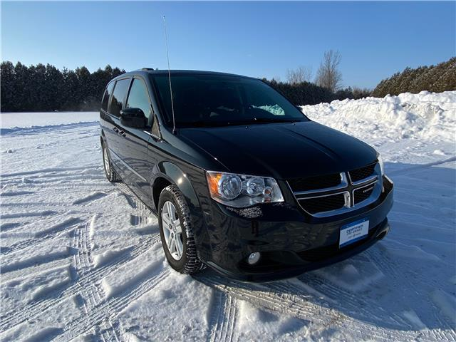 2017 Dodge Grand Caravan Crew (Stk: U1923) in WALLACEBURG - Image 1 of 14