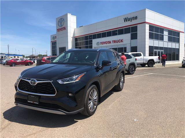 2020 Toyota Highlander Limited (Stk: 22338-1) in Thunder Bay - Image 1 of 30