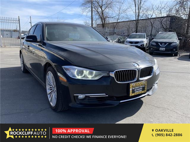 2013 BMW 328i xDrive (Stk: 811006) in Oakville - Image 1 of 11