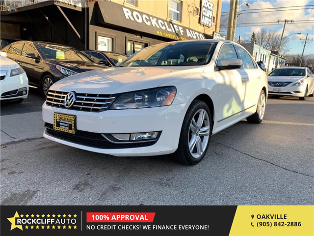 2013 Volkswagen Passat 2.5L Highline (Stk: 074369) in Oakville - Image 1 of 14
