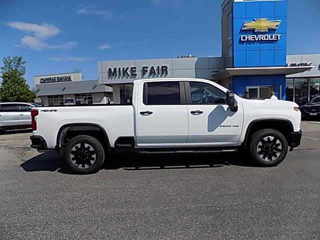 2020 Chevrolet Silverado 2500HD Custom (Stk: 20238) in Smiths Falls - Image 1 of 18