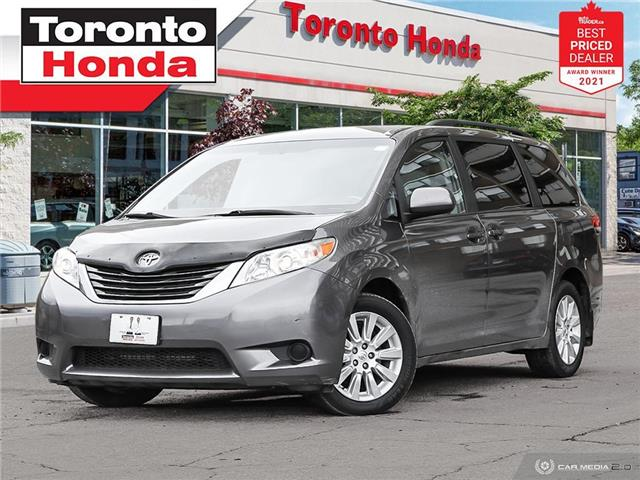 2014 Toyota Sienna LE 7 Passenger (Stk: H42055P) in Toronto - Image 1 of 30