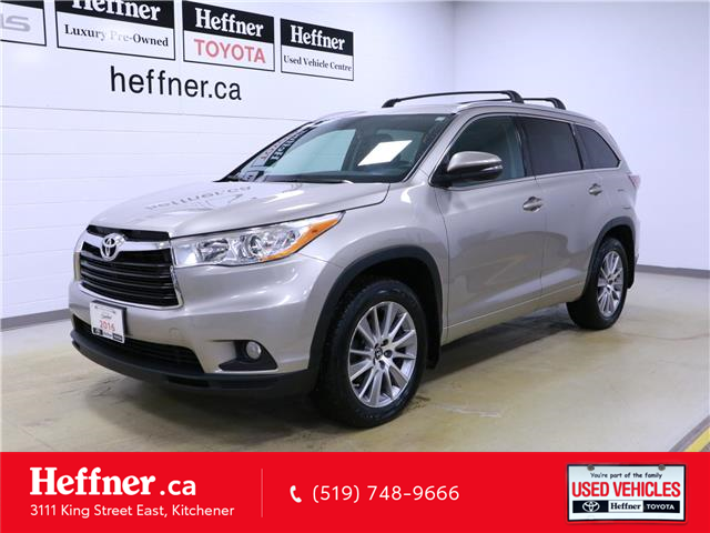 2016 Toyota Highlander XLE (Stk: 196333) in Kitchener - Image 1 of 33