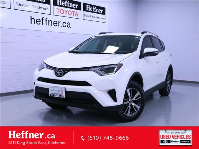2018 Toyota RAV4 LE (Stk: 205255) in Kitchener - Image 1 of 23