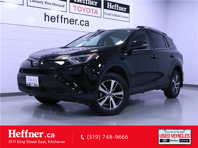 2018 Toyota RAV4 LE (Stk: 205509) in Kitchener - Image 1 of 23