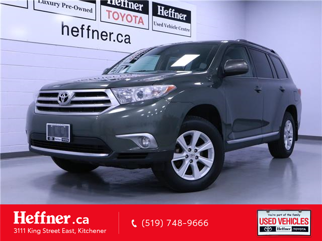 2013 Toyota Highlander V6 (Stk: 205446) in Kitchener - Image 1 of 24