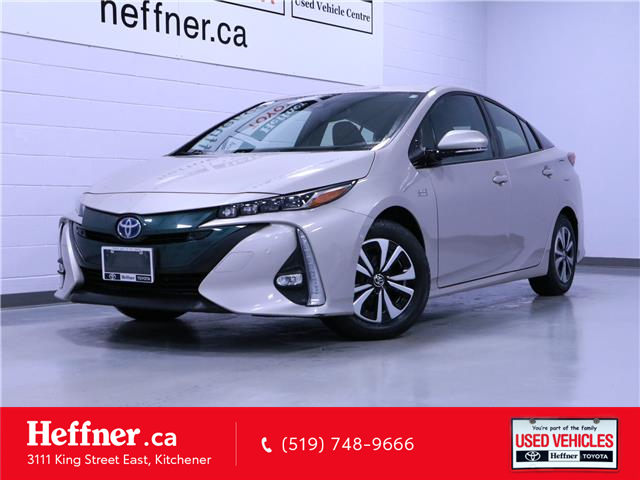 2018 Toyota Prius Prime Upgrade (Stk: 206106) in Kitchener - Image 1 of 25
