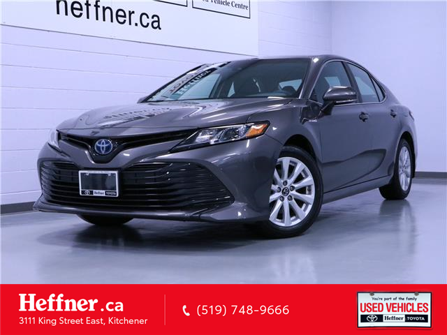 2018 Toyota Camry Hybrid LE (Stk: 206144) in Kitchener - Image 1 of 23