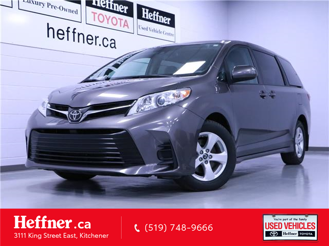 2020 Toyota Sienna LE 8-Passenger (Stk: 215191) in Kitchener - Image 1 of 24