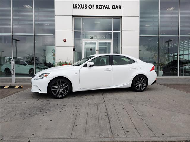 2016 Lexus IS 300 Base (Stk: L20469A) in Calgary - Image 1 of 22