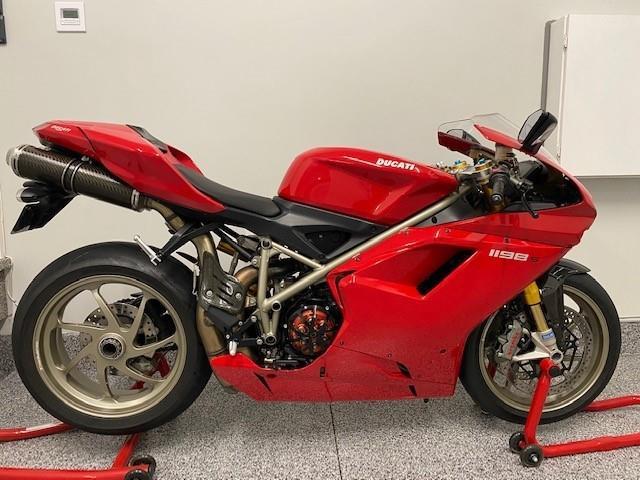 2009 Ducati 1198 S 1198 S (Stk: 1198S) in Hamilton - Image 1 of 15