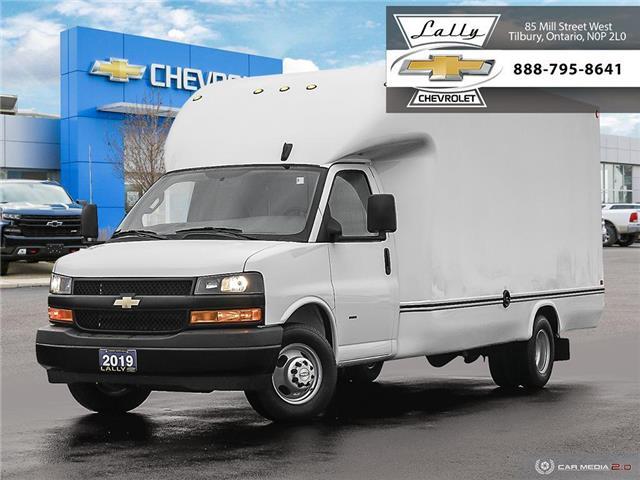 2019 Chevrolet Express Cutaway Work Van (Stk: EX00114) in Tilbury - Image 1 of 27