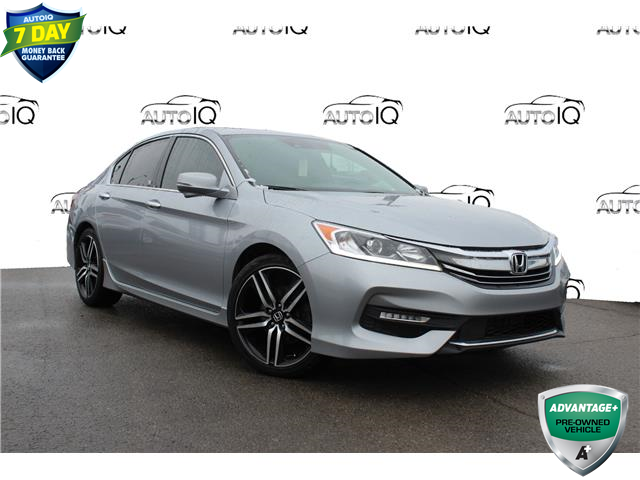 2017 Honda Accord Sport (Stk: 00H1121X) in Hamilton - Image 1 of 20
