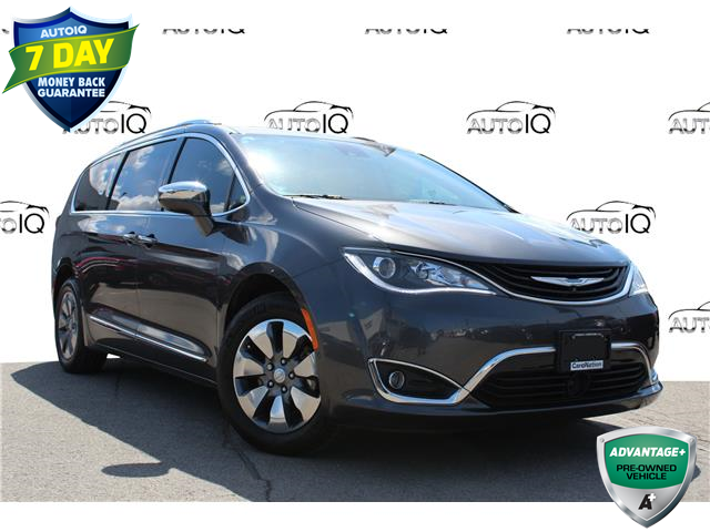 2017 Chrysler Pacifica Hybrid Platinum (Stk: A210248X) in Hamilton - Image 1 of 29