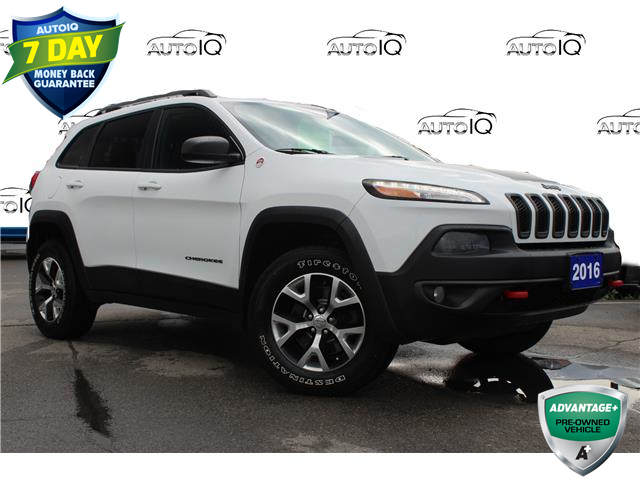 2016 Jeep Cherokee Trailhawk (Stk: 00H1382X) in Hamilton - Image 1 of 20