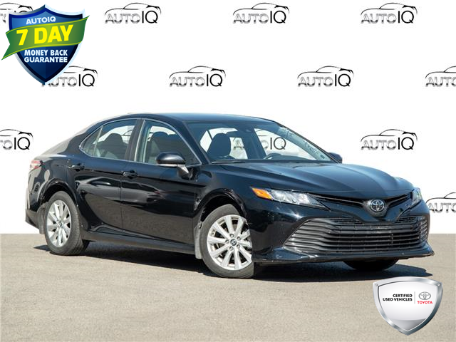 2019 Toyota Camry LE (Stk: 3807RJ) in Welland - Image 1 of 21