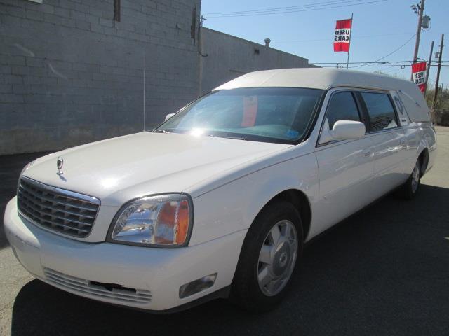 2002 Cadillac DeVille Coachbuilder (Stk: P35629L) in Saskatoon - Image 1 of 19