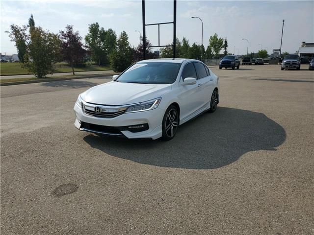 2016 Honda Accord Touring V6 (Stk: 20-043A) in Grande Prairie - Image 1 of 18