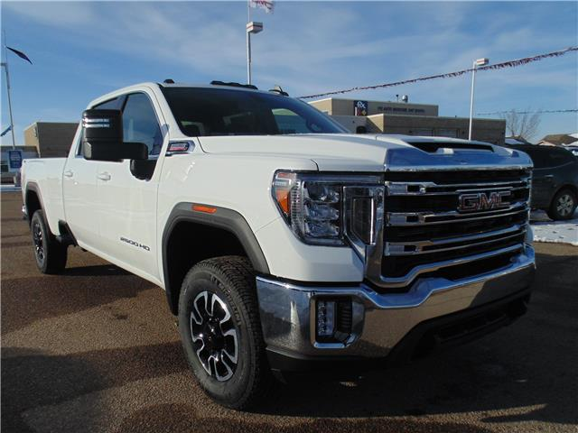 2020 GMC Sierra 2500HD SLE (Stk: 182020) in Medicine Hat - Image 1 of 22