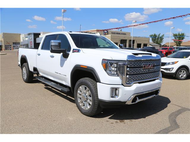 2020 GMC Sierra 3500HD Denali (Stk: 185260) in Medicine Hat - Image 1 of 30