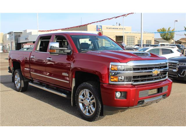 2018 Chevrolet Silverado 2500HD High Country (Stk: 170024) in Medicine Hat - Image 1 of 28