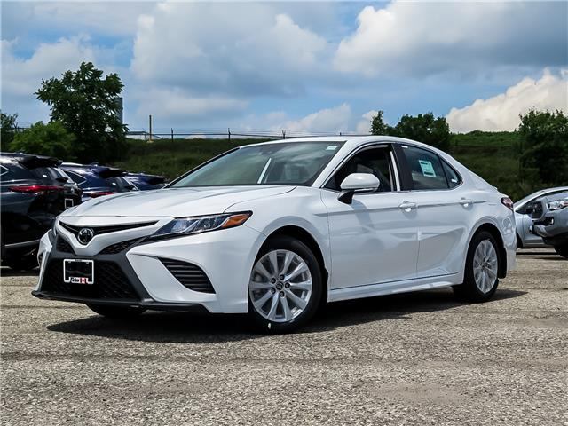 2020 Toyota Camry SE (Stk: 03071) in Waterloo - Image 1 of 18