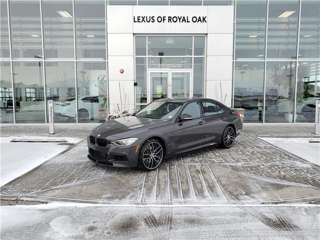 2015 BMW 335i xDrive (Stk: L20365A) in Calgary - Image 1 of 25