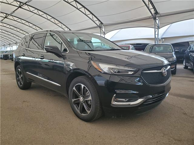 2020 Buick Enclave Essence (Stk: 185224) in AIRDRIE - Image 1 of 31