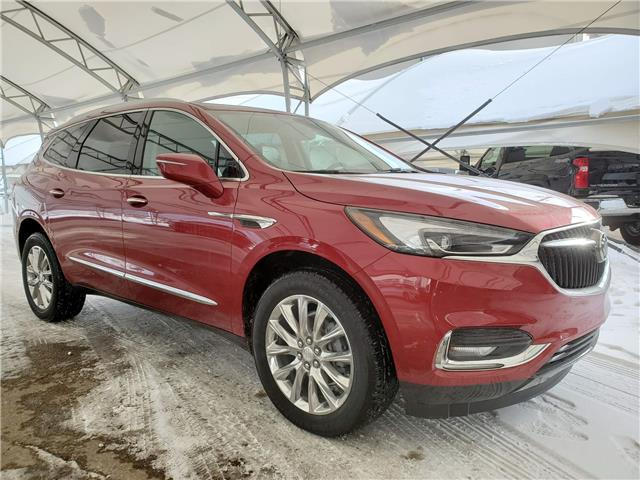 2020 Buick Enclave Essence (Stk: 184951) in AIRDRIE - Image 1 of 32