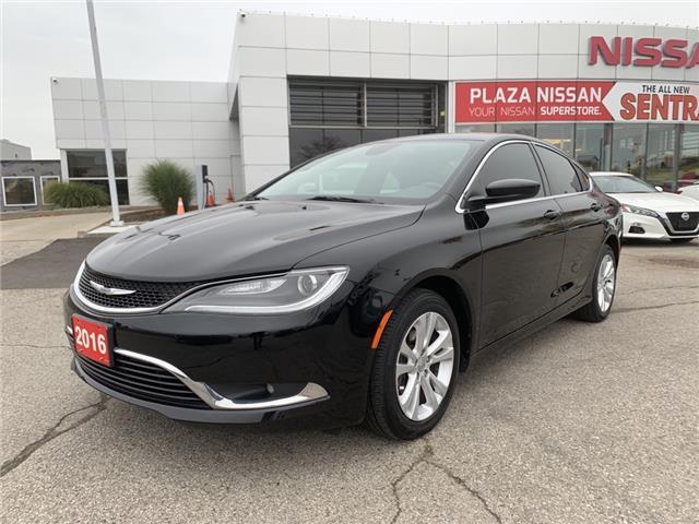 2016 Chrysler 200 Limited (Stk: U1800A) in Hamilton - Image 1 of 16